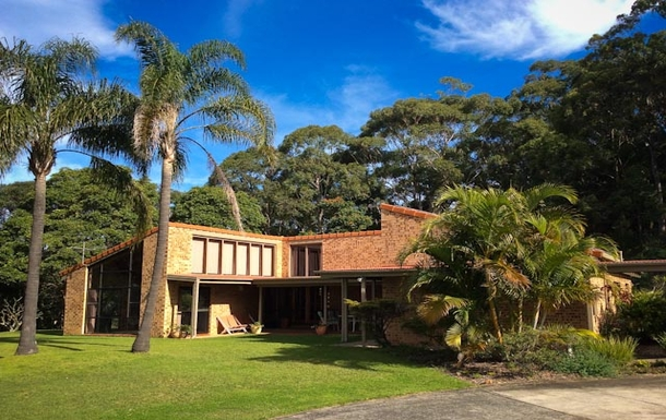 Home exchange in,Australia,Sandy Beach,Front of house.