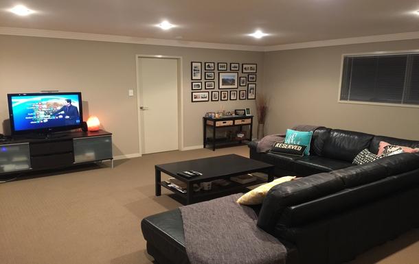 Home exchange in,Australia,Tamborine Mountain,Upstairs living room