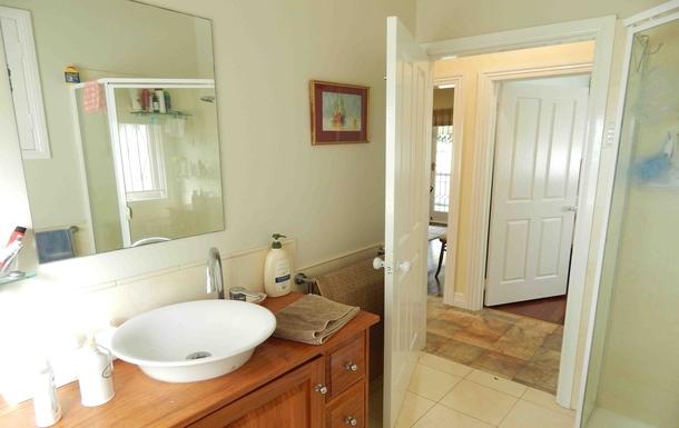 Home exchange in,Australia,Brisbane, 10k, N,Bathroom
