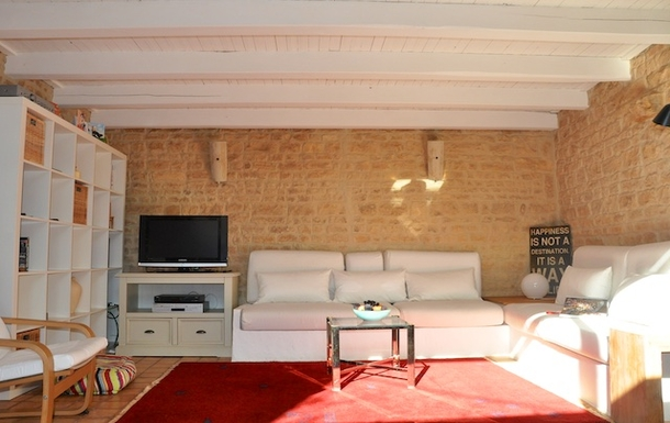BoligBytte til,France,Cognac, 73k, N,Garden room - plenty of sofas!