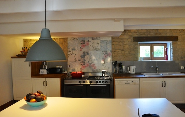 BoligBytte til,France,Cognac, 73k, N,Well-equipped kitchen with double oven