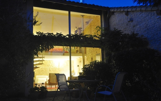 BoligBytte til,France,Cognac, 73k, N,The garden room at night