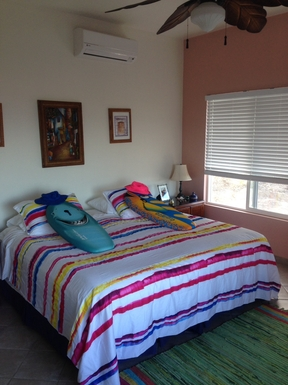 BoligBytte til,Mexico,Cabo Pulmo,Downstairs suite can be comfy King or 2 twin beds