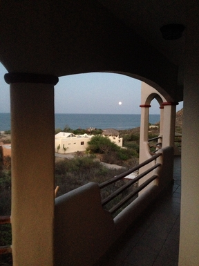 BoligBytte til,Mexico,Cabo Pulmo,Moonrise over the water