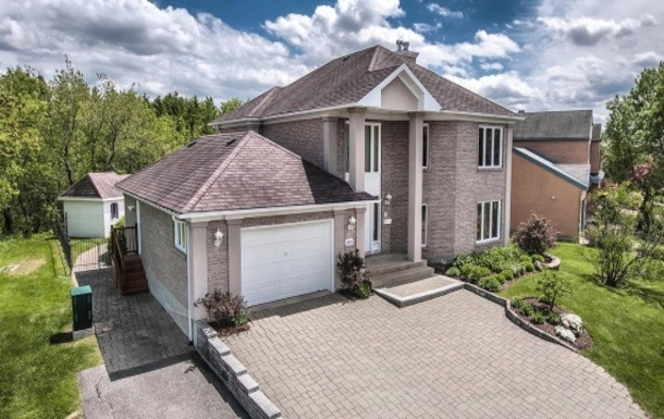 ,Home exchange in Canada|Toronto
