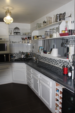 BoligBytte til,Guadeloupe,Le Gosier, 2k, E,kitchen with all appliances  you need