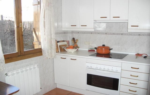 BoligBytte til,Spain,Madrid,country home kitchen