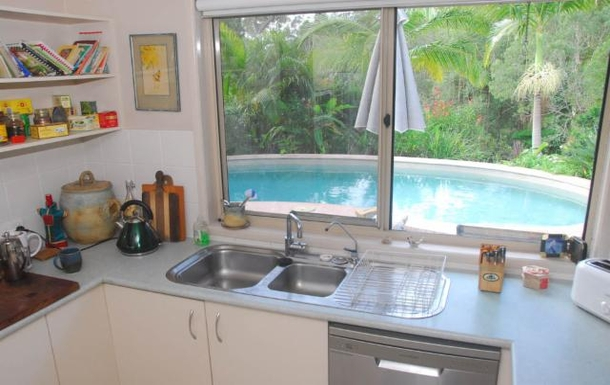 Home exchange in,Australia,TEWANTIN,View of the pool from the kitchen