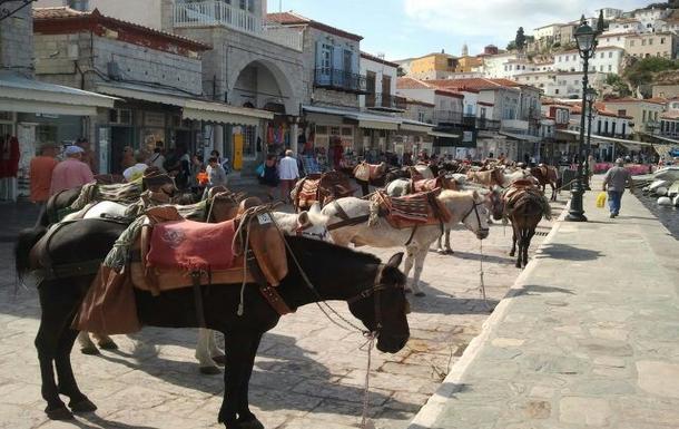BoligBytte til,Greece,Kranidi,Mode of transport of the Iland Hydra