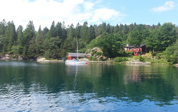 Home exchange in Norway,Lundegrend, Hordaland,Summerhouse by the fjord,Home Exchange & House Swap Listing Image