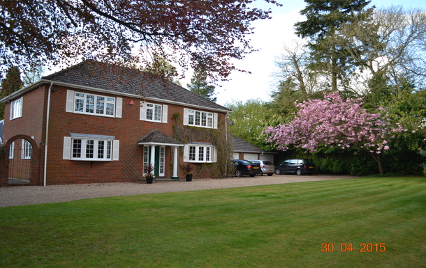 Home exchange in United Kingdom,Alton, Hampshire,Large home with private swimming pool,Home Exchange & Home Swap Listing Image