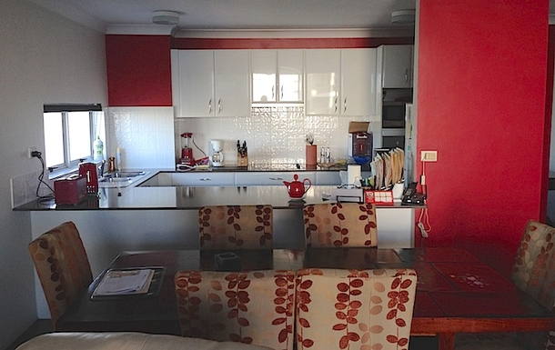Home exchange in,Australia,Brisbane,Kitchen and Dining Area
