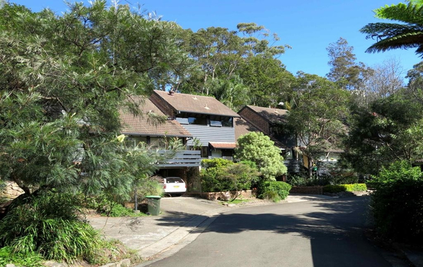 Home exchange in,Australia,BALGOWLAH,View of private road into cul-de-sac