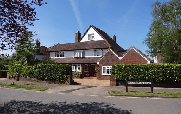 Home exchange in United Kingdom,Cobham, Surrey,Large house in Surrey Green Belt,Home Exchange & House Swap Listing Image