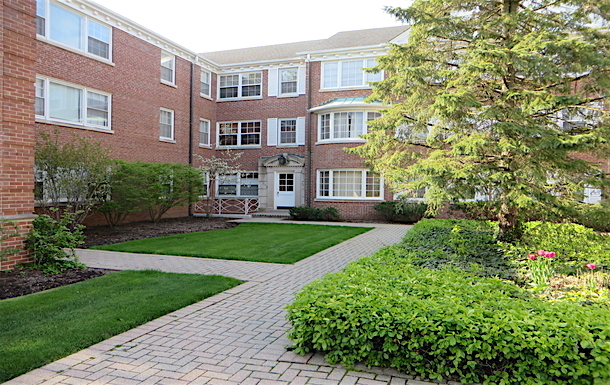Home exchange in United States,Evanston, Illinois,Garden apartment in Evanston, Illinois,Home Exchange & House Swap Listing Image