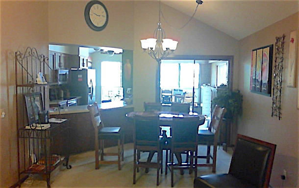 Home exchange in,United States,Alamo,North side of house- open kitchen on left, offfice