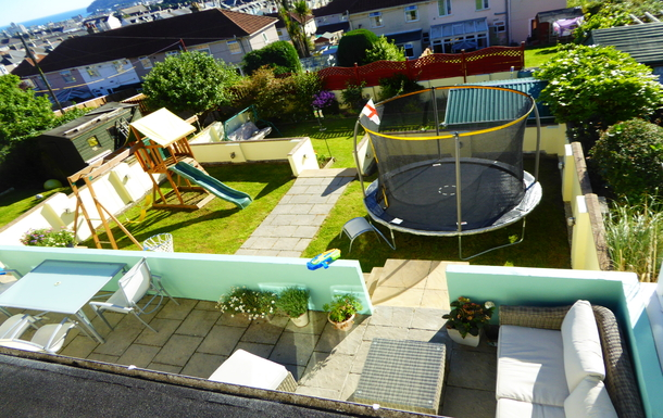 Home exchange in,United Kingdom,Plymouth,Our garden (...and you can see the sea!)