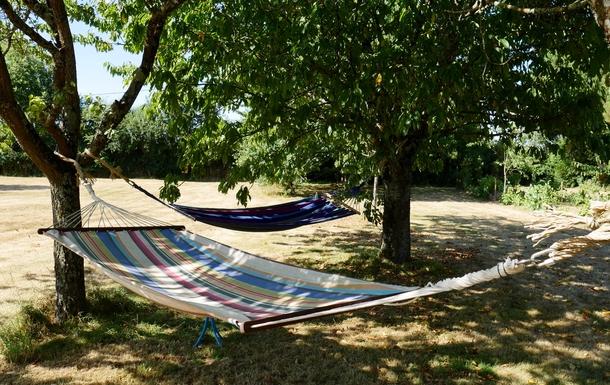 BoligBytte til,France,Cognac, 73k, N,Hammocks in the shade for those hot afternoons