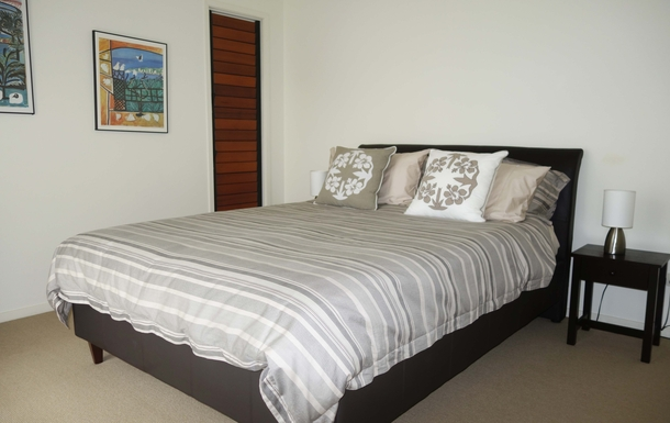 Home exchange in,Australia,COFFS HARBOUR,Second bedroom - queen-size bed