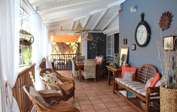 BoligBytte til,Guadeloupe,Le Gosier, 2k, E,veranda can be totally fenced or not