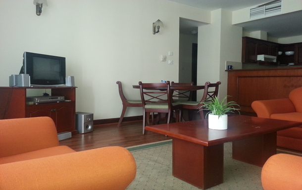 BoligBytte til,Sri Lanka,Colombo,9th floor apartment, 1 large BR, 1 large bath room