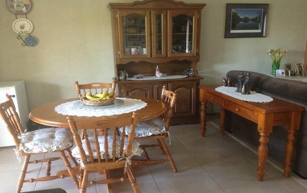 Home exchange in,Australia,BENALLA,Kitchen eating area