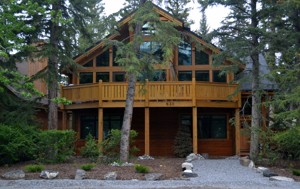 Home exchange in Canada,Canmore, Alberta,Mountain Chalet in Rocky Mountaiins,Home Exchange & Home Swap Listing Image