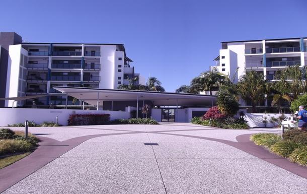 Home exchange in,Australia,Birtinya,Entrance to Regatta Apartments