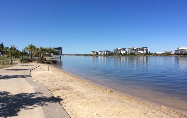 Home exchange in,Australia,Birtinya,Beautiful views during a morning walk