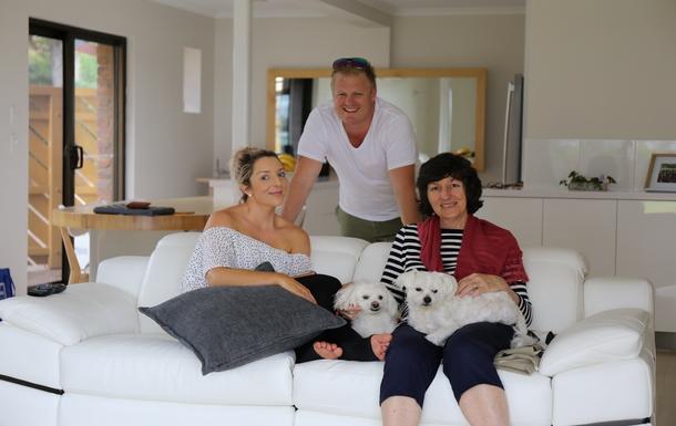 Home exchange in,Australia,BELLARA,Janet + daughter No 2 + partner + puppies