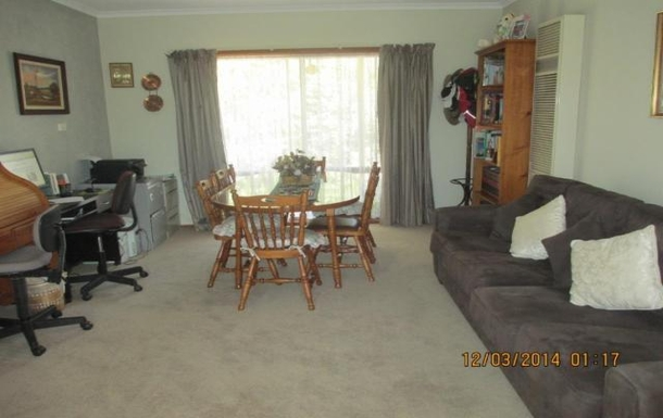 Home exchange in,Australia,BENALLA,Large lounge room with Dining Table