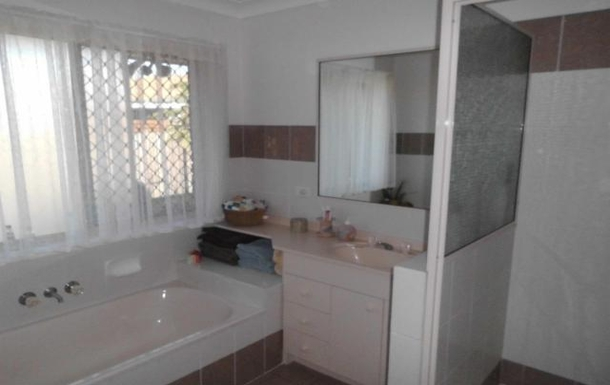 Home exchange in,Australia,HILLCREST,2nd Bath Room