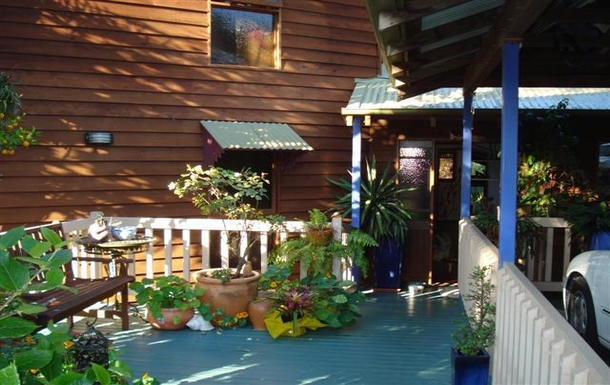 Home exchange in,Australia,BUDERIM,Our multi-level home is set in a bushland setting.