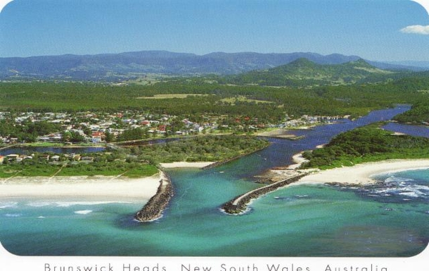 Home exchange in,Australia,Byron Bay, 20k, N,Our local village, Brunswick Heads