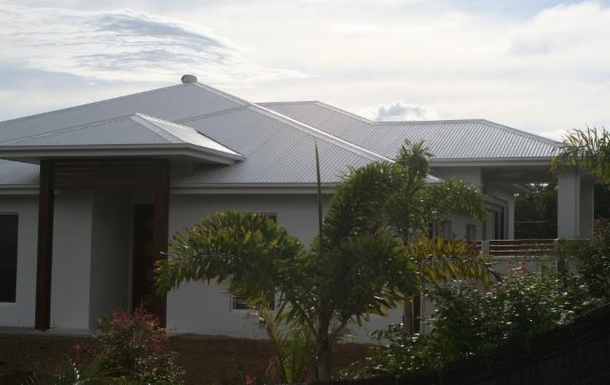 Home exchange in,Australia,POTTSVILLE,Front entrance.
