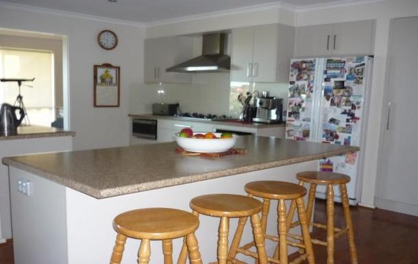 Home exchange in,Australia,MARINO,Kitchen