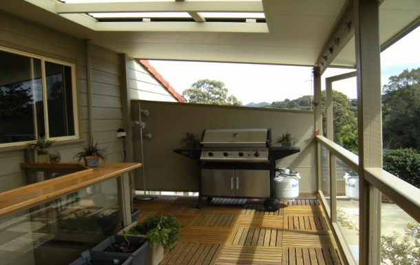 Home exchange in,Australia,COFFS HARBOUR,Back deck with bbq