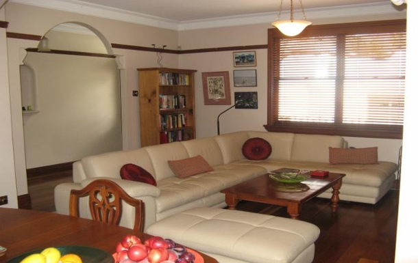 Home exchange in,Australia,CAMPERDOWN,Lounge and dining room