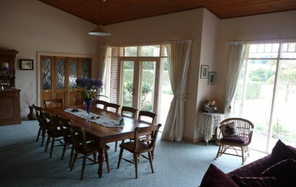 Home exchange in,Australia,ARTHURS SEAT,Lounge room.