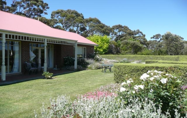 Home exchange in,Australia,ARTHURS SEAT,Rear of house.