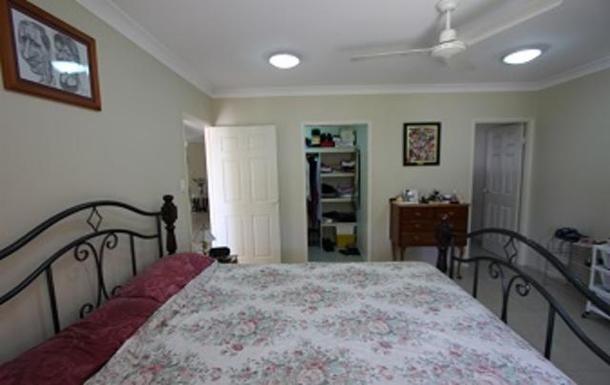 Home exchange in,Australia,TOWNSVILLE,Master bedroom