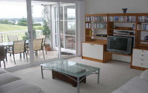 Home exchange in,Australia,BREAKFAST POINT,View to balcony