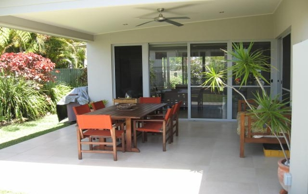 Home exchange in,Australia,MOOLOOLABA,Front deck