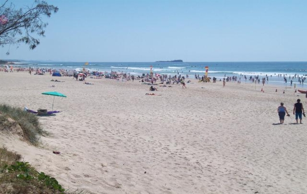 Home exchange in,Australia,MAROOCHYDORE,Maroochydore beach - 250 metres from our apartment
