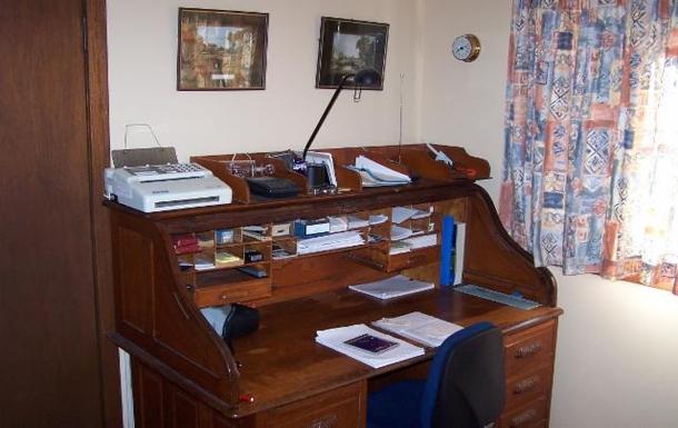Home exchange in,Australia,ALSTONVILLE,Bob's Office