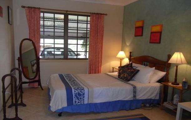 Home exchange in,Australia,ALSTONVILLE,Granny flat bedroom