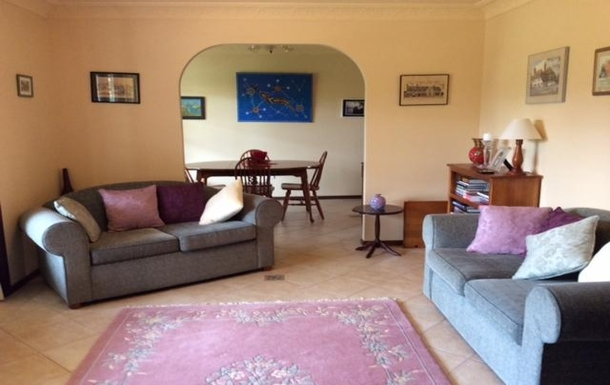 Home exchange in,Australia,ALSTONVILLE,Main lounge and dining