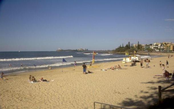 Home exchange in,Australia,ALEXANDRA HEADLAND,Our local beach, Alexandra Headland