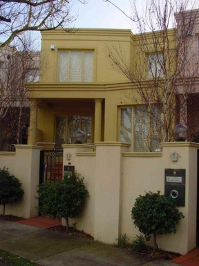 Home exchange in,Australia,BRIGHTON,Modern 3 bedroom townhouse with basement parking