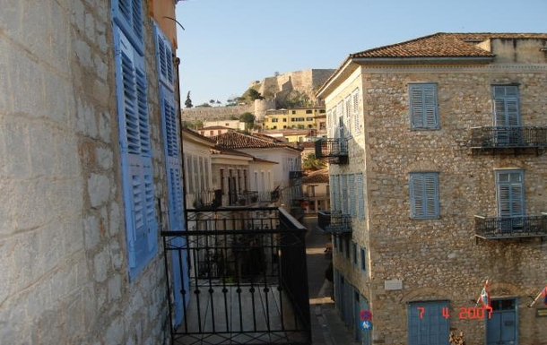 BoligBytte til,Greece,Nafplion,View into town from master bedroom balcony